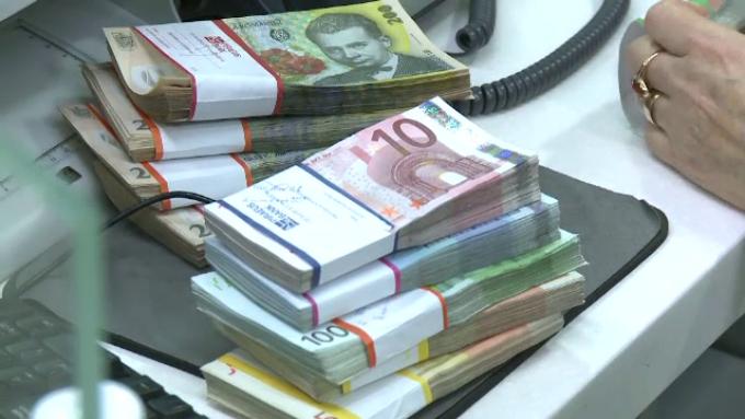 Ultima găselniță. Statul va CONFISCA banii trimişi în ţară de ROMÂNII din diaspora, dacă nu sunt însoţiţi de documente justificative