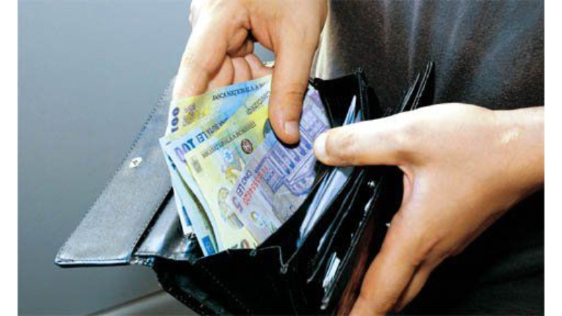 Vrei să ai mereu portofelul plin? Trucuri ce merită încercate