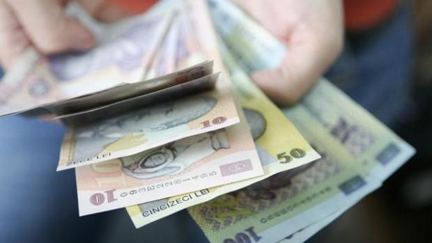 Românii pierd AJUTOARELE SOCIALE. Legea venitului minim garantat a intrat în vigoare